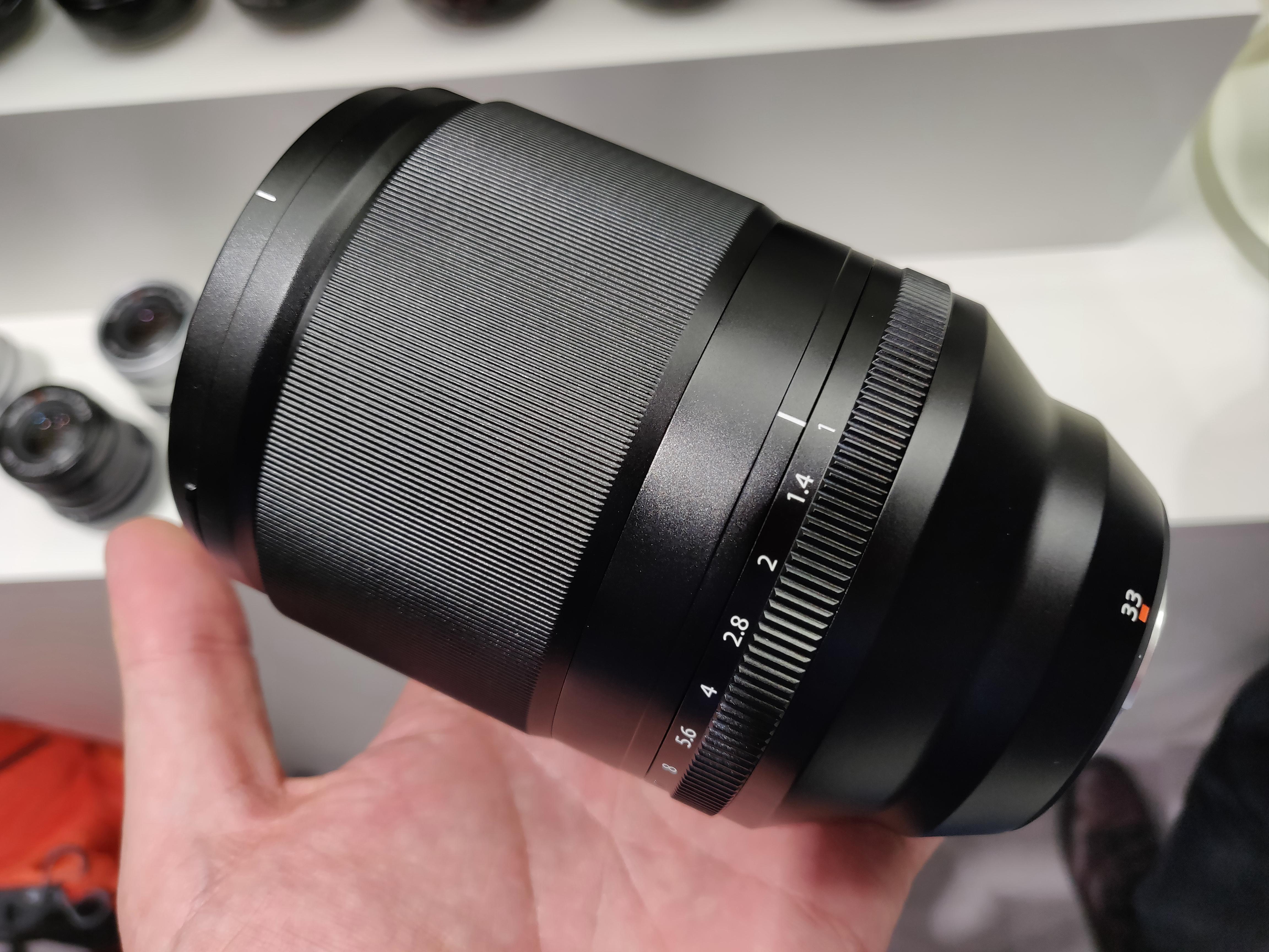 Fujifilm XF 33mm f/1.0, 16mm f/2.8, 16-80mm f/4 First Look