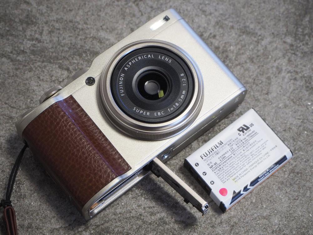 Fujifilm XF10 (2)