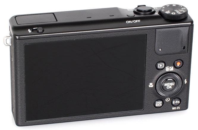 Fujifilm XQ1 Black (1)