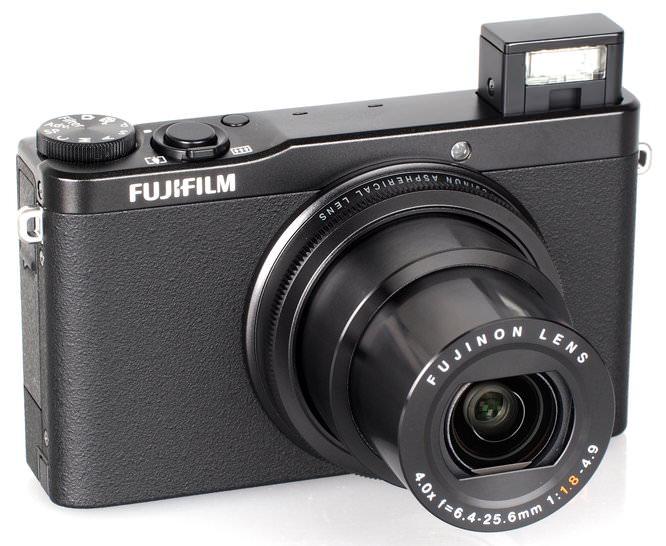 Fujifilm XQ1 Black (4)