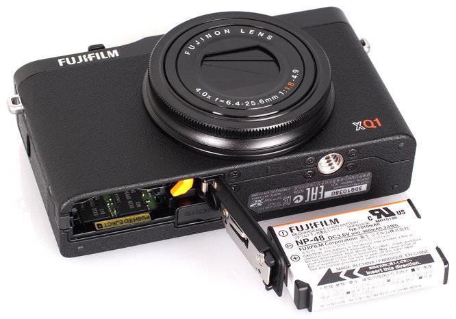 Fujifilm XQ1 Black (6)