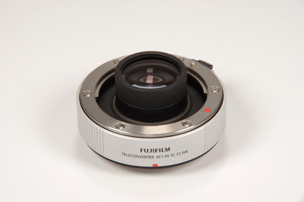 Fuji 1,4x F2 Converter Vertical View | 1/8 sec | f/16.0 | 135.0 mm | ISO 100