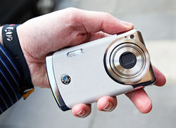 GE Creat Leather Camera