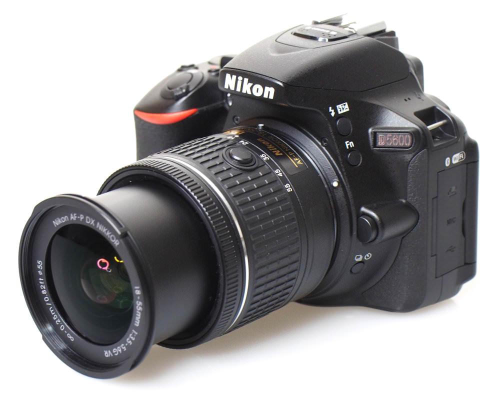 Nikon D5600 DSLR (2)