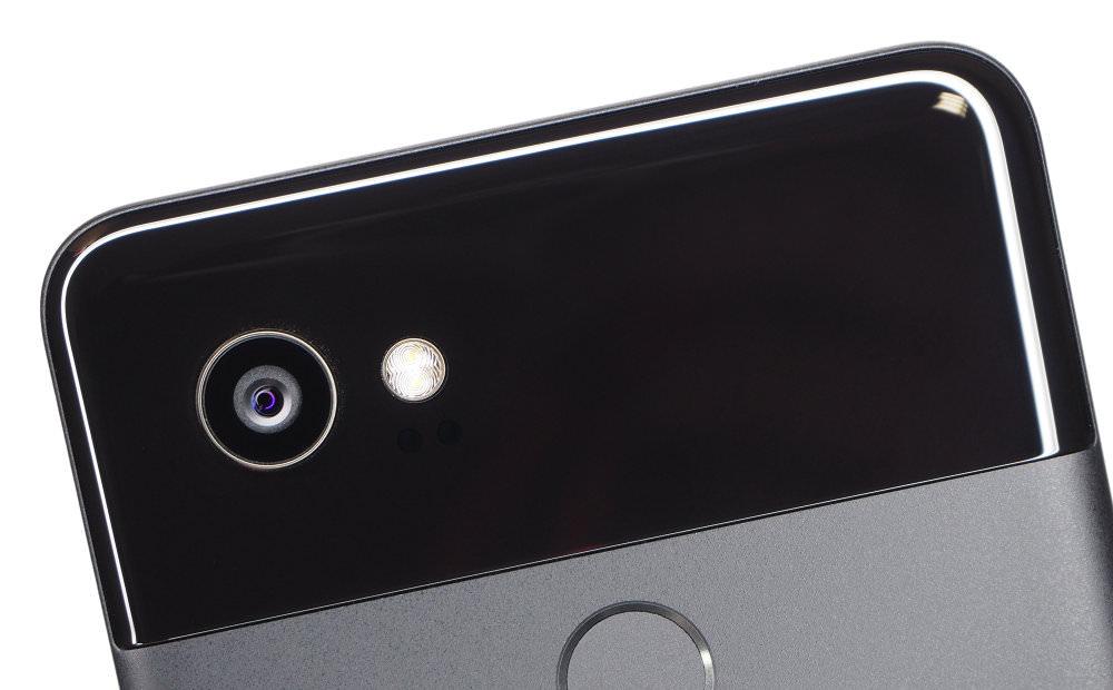 Google Pixel 2 XL Black Lens Close Up
