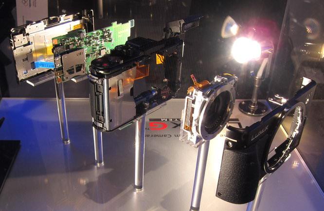 Panasonic Lumix GX1 Inside