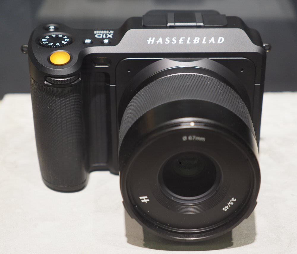Hasselblad X1D Black Special Edition (2)