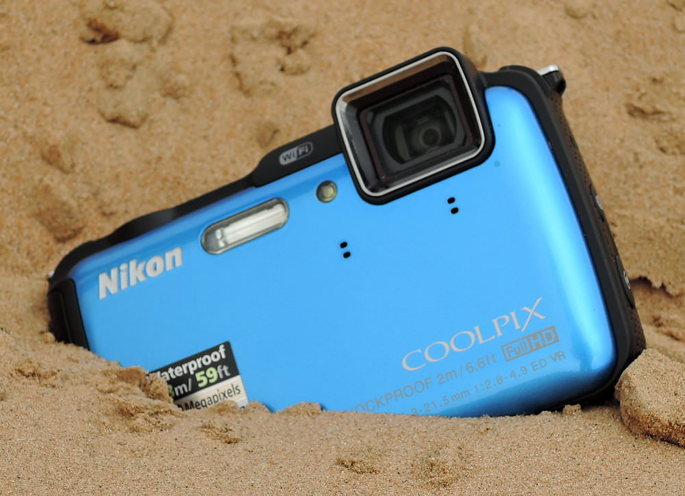 Nikon Coolpix AW120 In Sand (2)