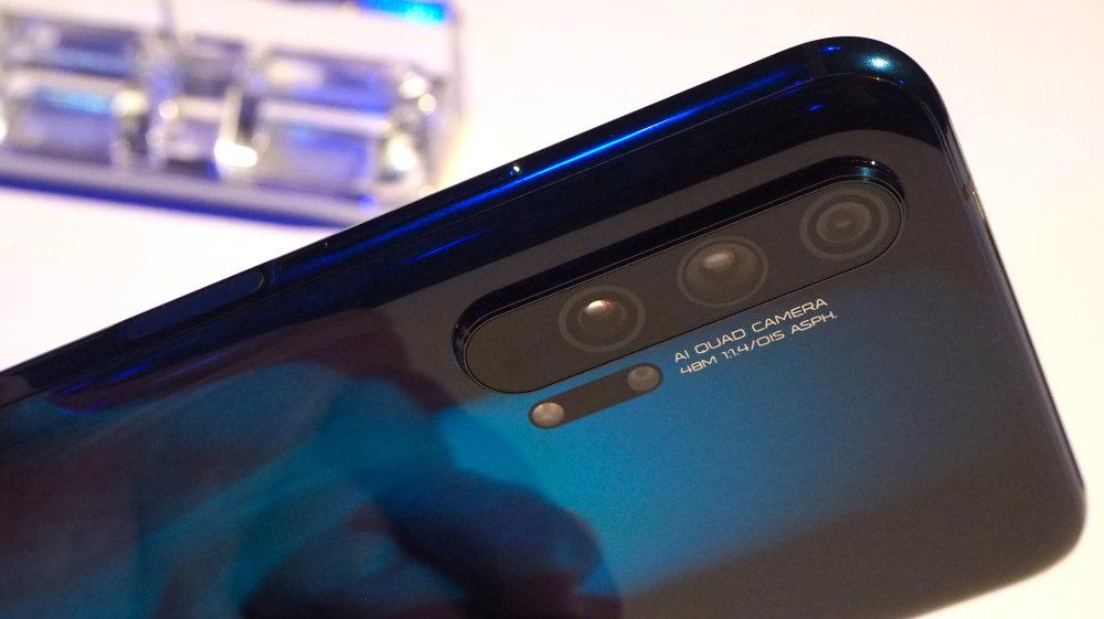 Honor 20 Pro Quad Camera Close Up