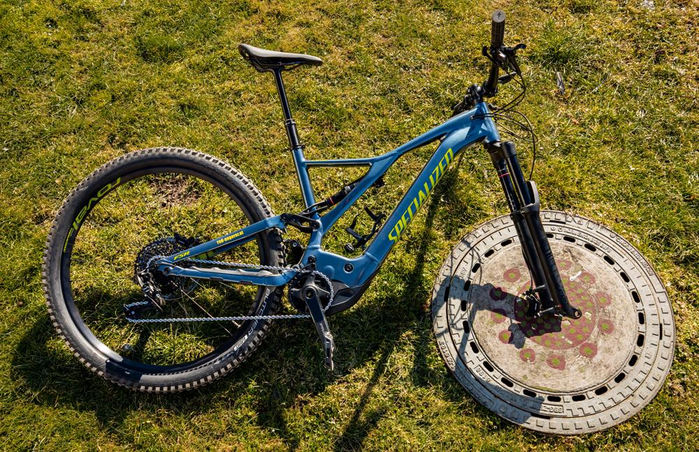 Replaced bike wheel with circular shape