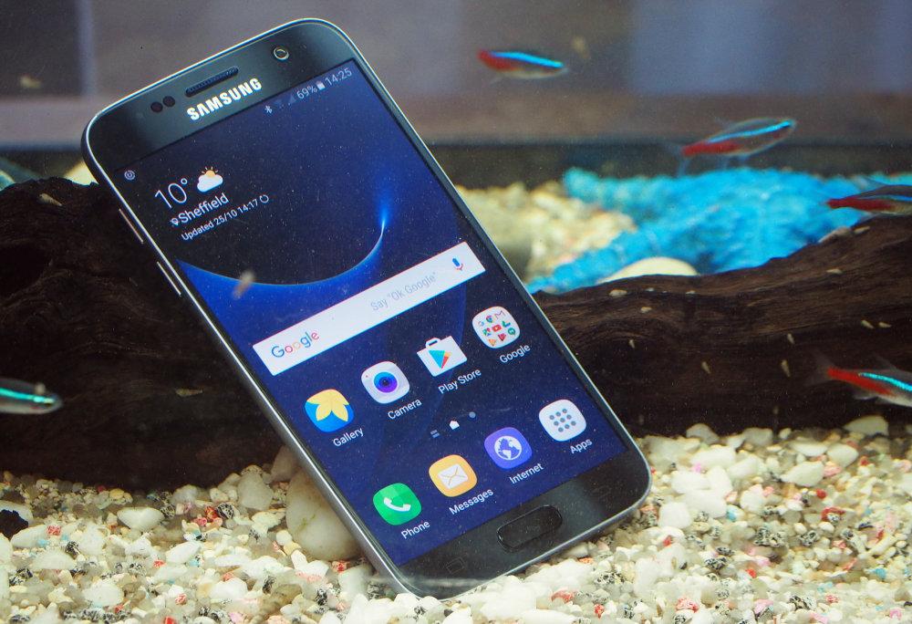 Samsung Galaxy S7 Underwater