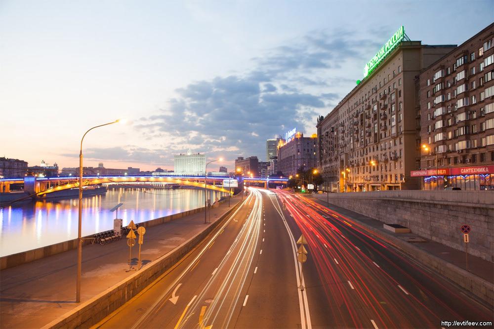 Smolenskaya metro area highway