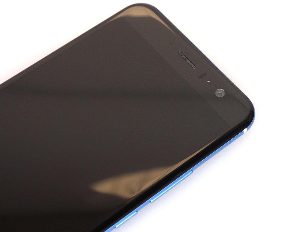 HTC U11 (6)