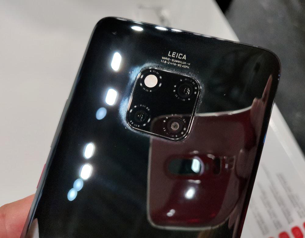 Huawei Mate20 Pro (3) (Custom)