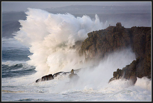Last year's unbelievable display of raw power at Lands End. The tower is 150ft above sea level.