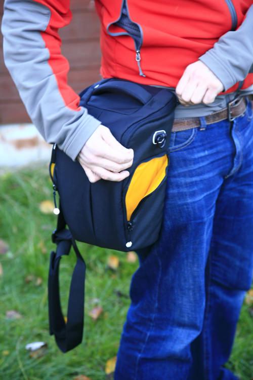 Kata Grip 18 DL Holster Side Pockets Open