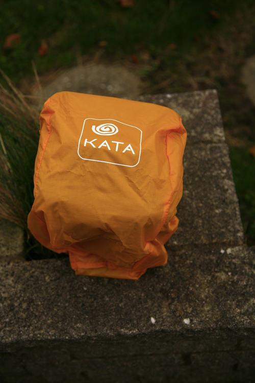 Kata Grip 18 DL Holster Waterproof Hood On