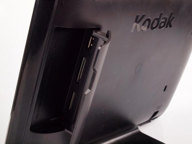 Kodak Pulse 10.4 inch Digital Photo Frame Memory Card And USB Compartment