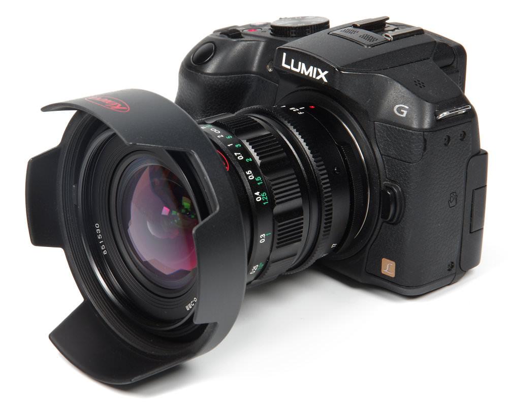 Kowa Prominar 8,5mm F2,8 With Hood On Lumix G6