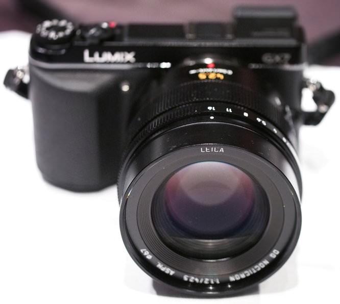 Panasonic Leica 42 5mm F1 2 Lens (1)