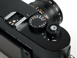 Leica M9 command dial