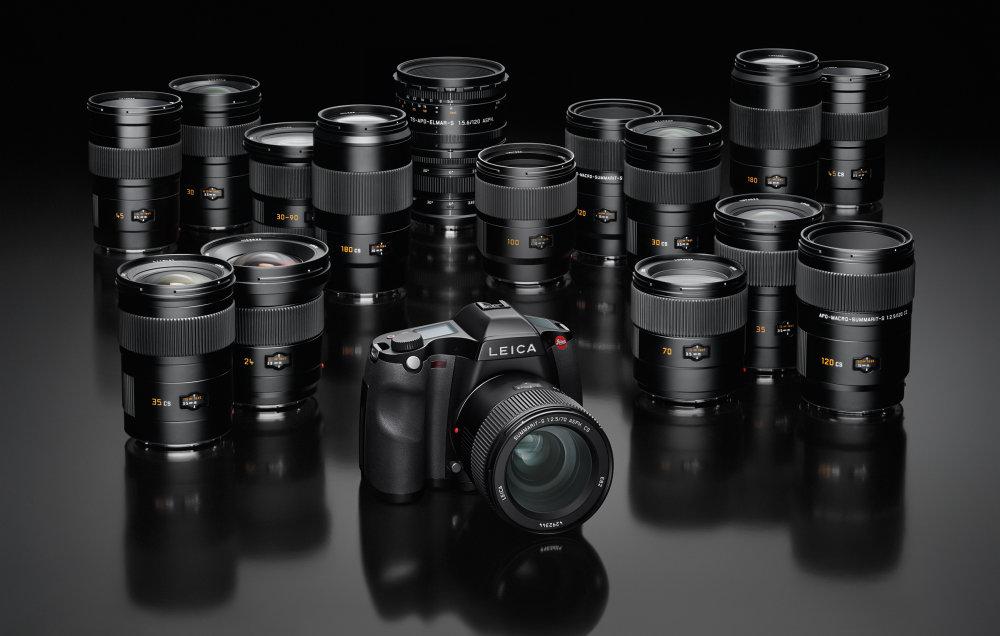 Leica S System Gruppe Mit Kamera Schwarz LoRes CMYK
