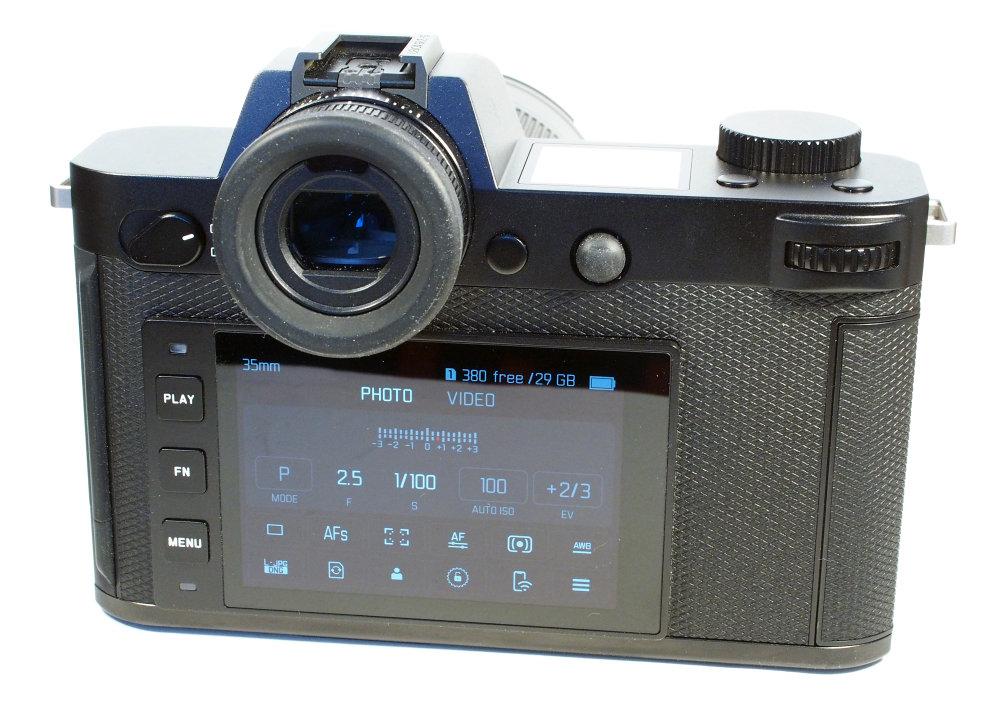 Leica SL2 S (5) | 1/30 sec | f/10.0 | 30.0 mm | ISO 1600
