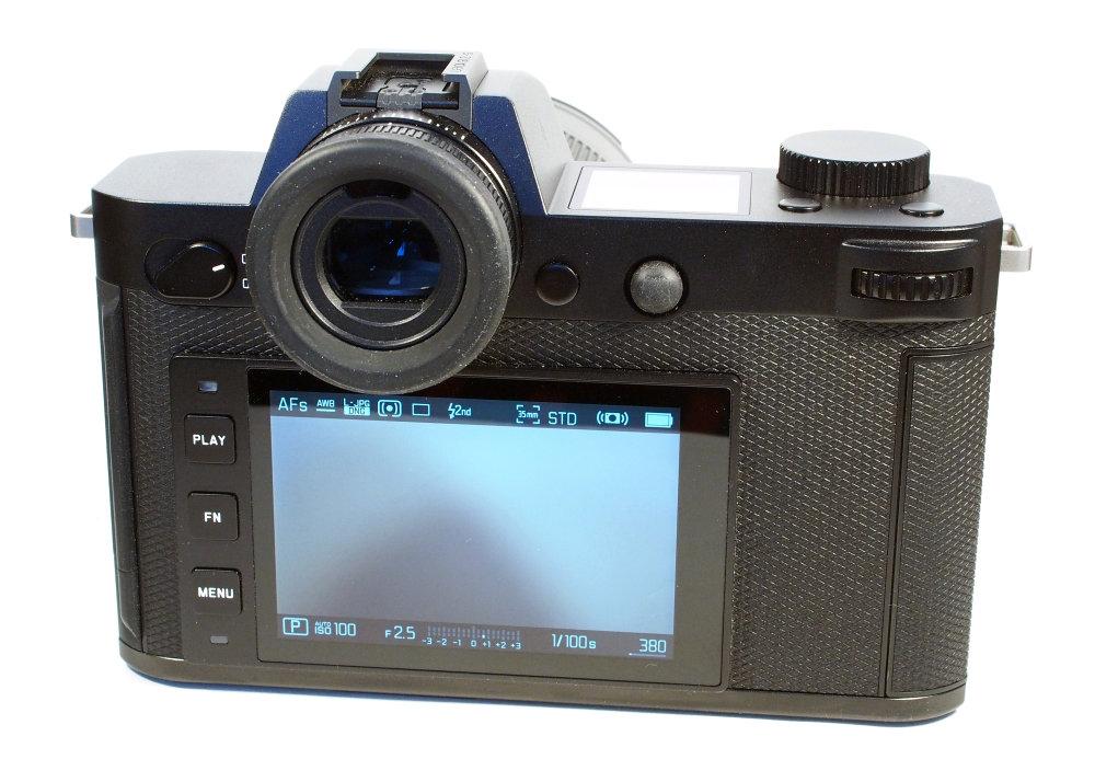 Leica SL2 S (6) | 1/40 sec | f/10.0 | 30.0 mm | ISO 1600