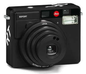 Leica SOFORT Available In Black