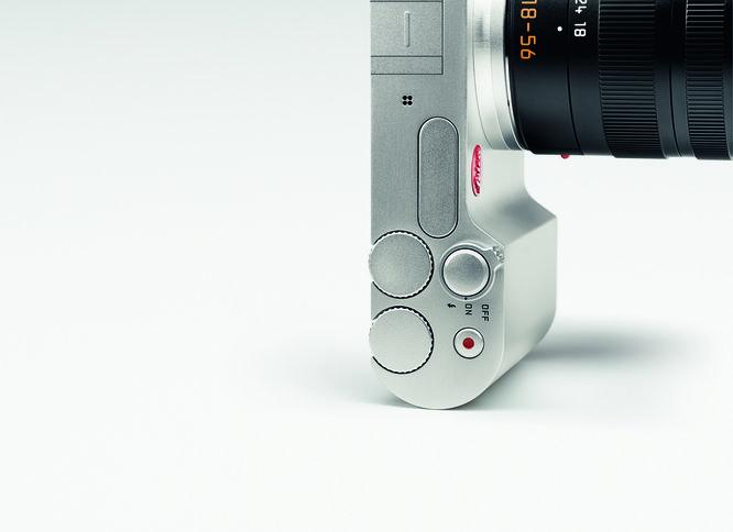 Leica T Silver Emo 02