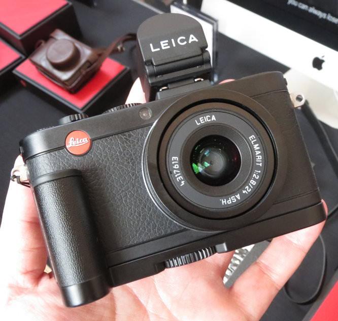 Leica-x2-black (2)