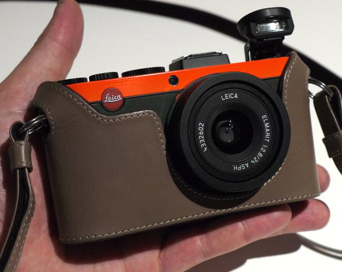 Leica X2 Paul Smith Hands On (1)