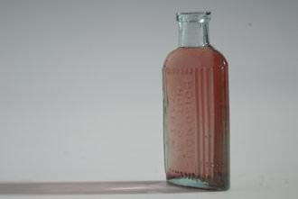 Lensbaby Spark Bottle   1/1000 sec   f/5.6   50.0 mm   ISO 320