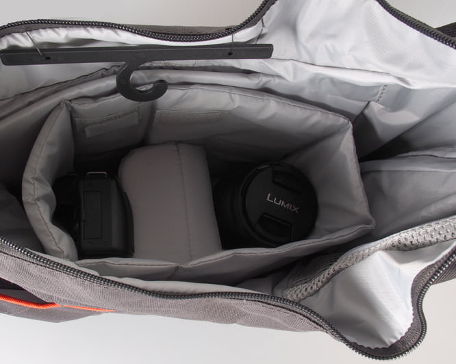 Lowepro Passport Sling III With Kit