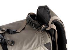 Lowepro Pro Trekker 400 AW: strap