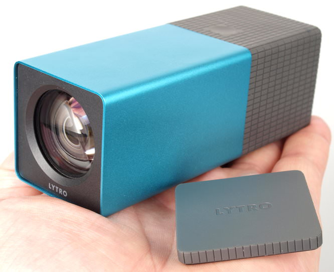 Lytro Blue Hands On - Front