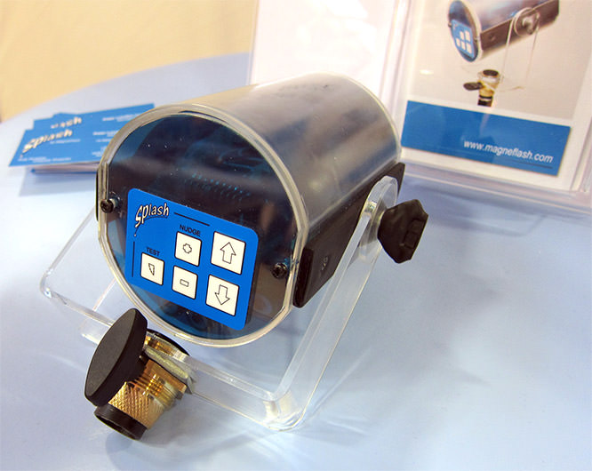 MagneFlash Splash Portable Flash System Prototype