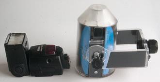 Splash Mono 40L compared with Nikon SB800 side view