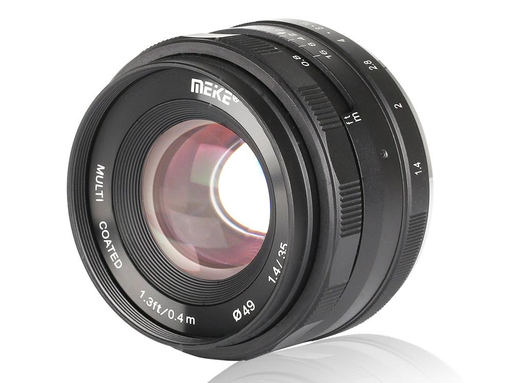35mm f/1.4