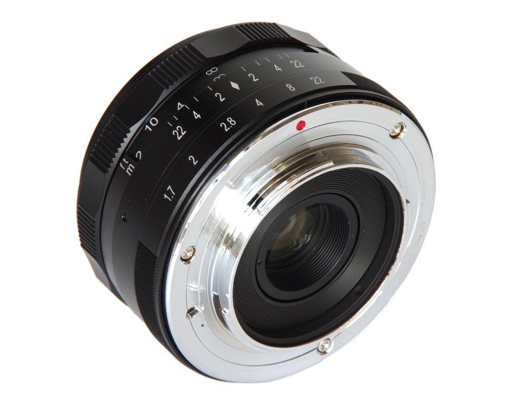 Meike 35mm F1,7 Rear Oblique View
