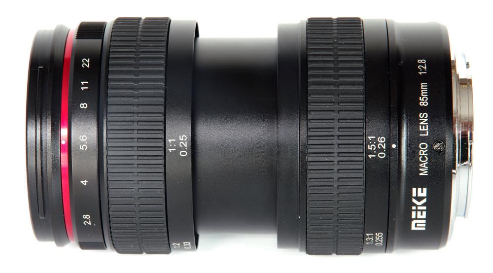 Meike 85mm F2,8 Macro Top View At Maximum Magnification