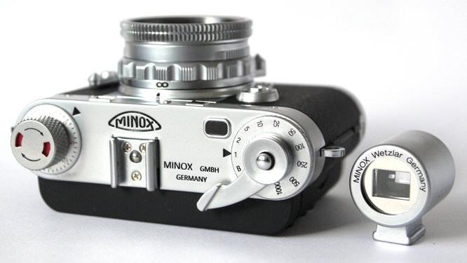 Minox Digital Classic Camera DCC 5.1 Top