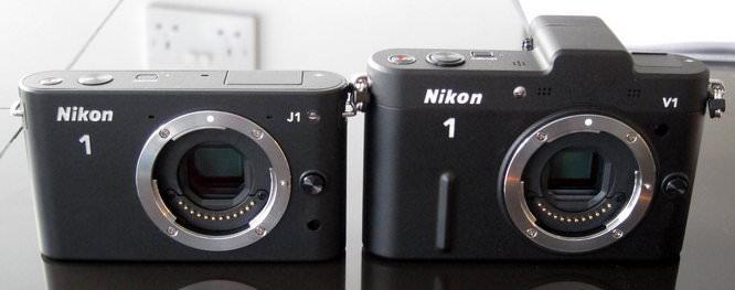 Nikon 1 J1 next to Nikon 1 V1 Front
