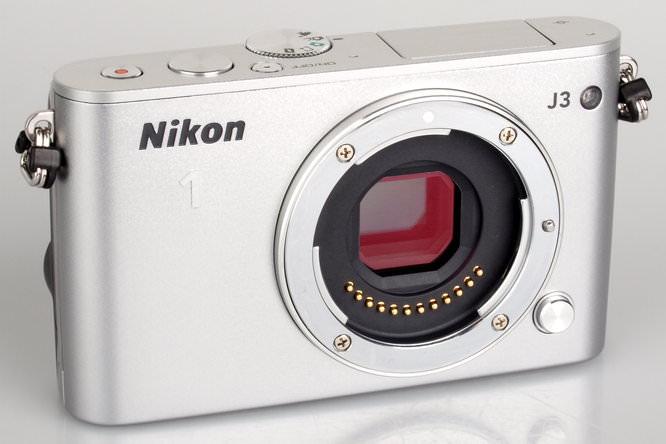 Nikon 1 J3 Silver (5)