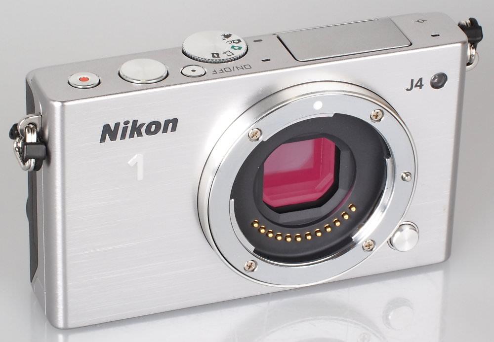 Nikon 1 J4 Silver (1)