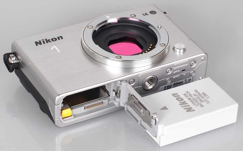Nikon 1 J4 Silver (7)