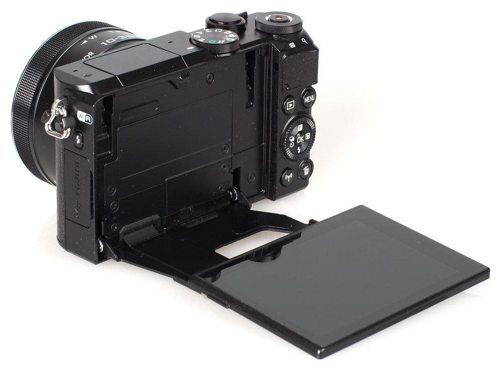 Nikon 1 J5 Black (11)