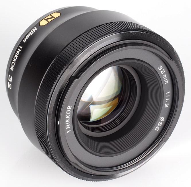 Nikon 1 Nikkor 32mm F1 (2)