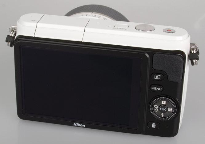 Nikon 1 S1 White (10)