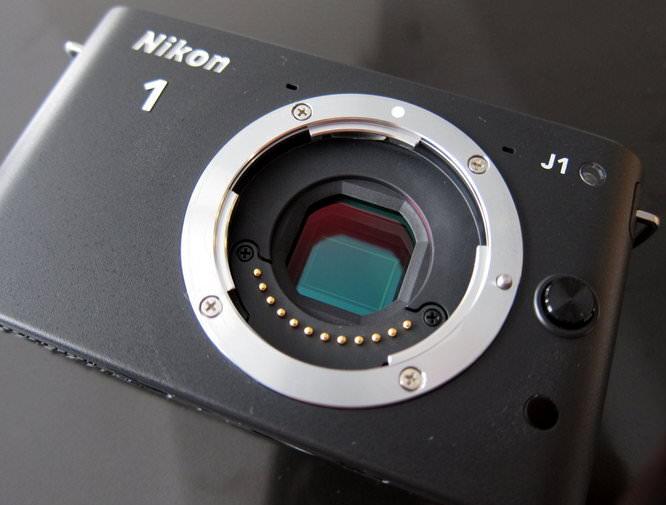 J1 Black - Sensor Exposed